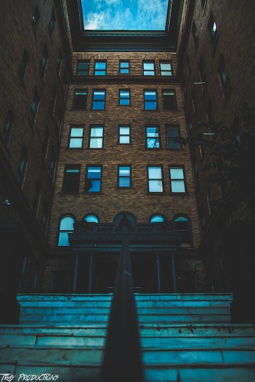 คลังภาพถ่ายฟรี ของ การถ่ายภาพในเมือง, ข้าม, ตกรู้สึก, ตึก