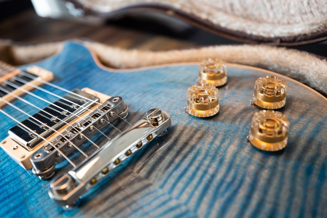 barva, elektrická kytara, elektronika