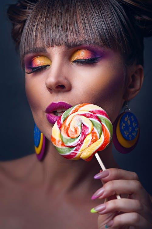Kostenloses Stock Foto zu bunt, farbenfroh, fotoshooting, frau