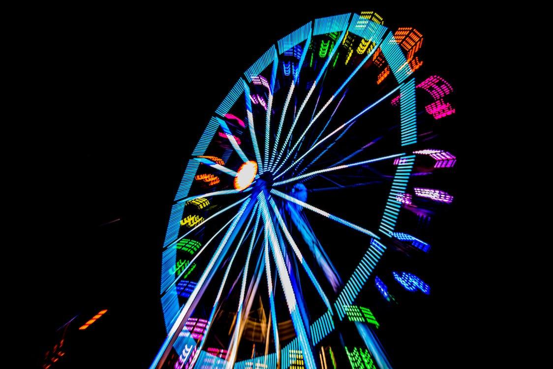 barva, festival, jízdy