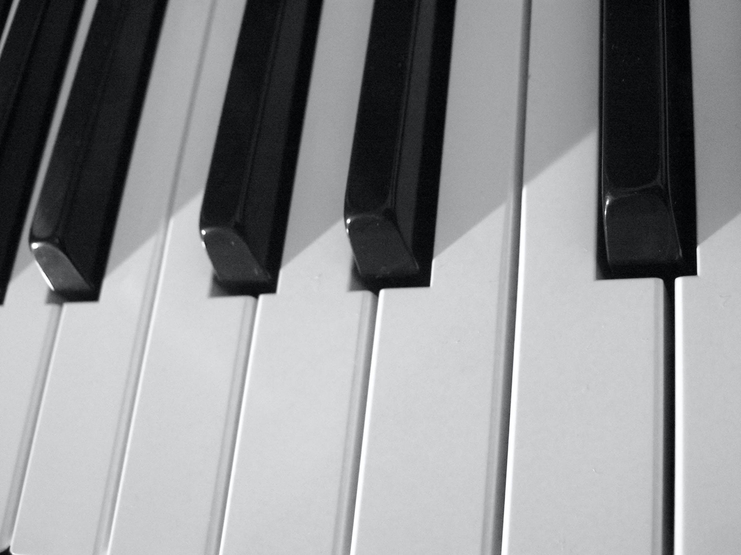 Free stock photo of black and white, keyboard, keys, music
