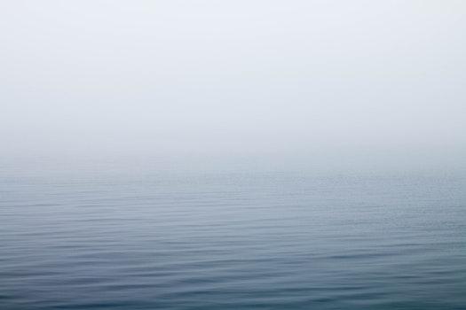 Kostenloses Stock Foto zu meer, wasser, ozean, neblig