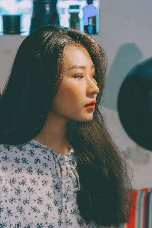 Ilmainen kuvapankkikuva tunnisteilla aasialainen nainen, asento, glamour, hiukset