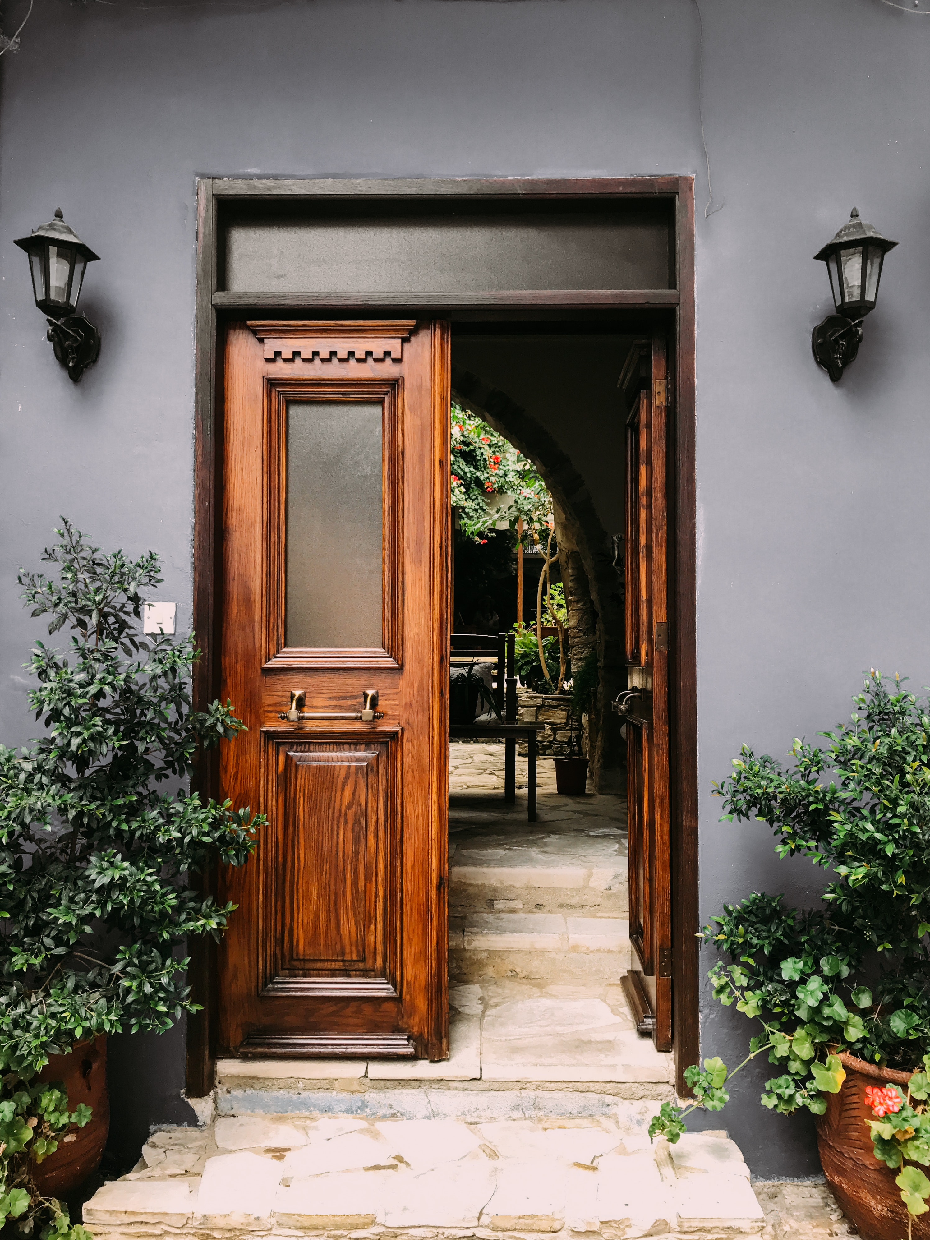 Awesome Door Images · Pexels · Free Stock Photos