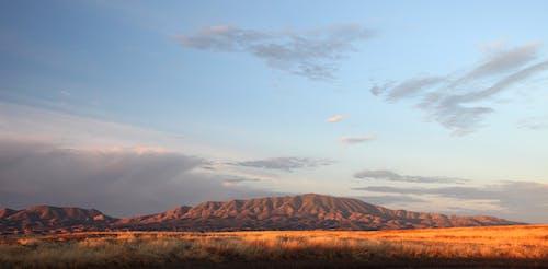 çöl, dağ, doğa, gökyüzü içeren Ücretsiz stok fotoğraf