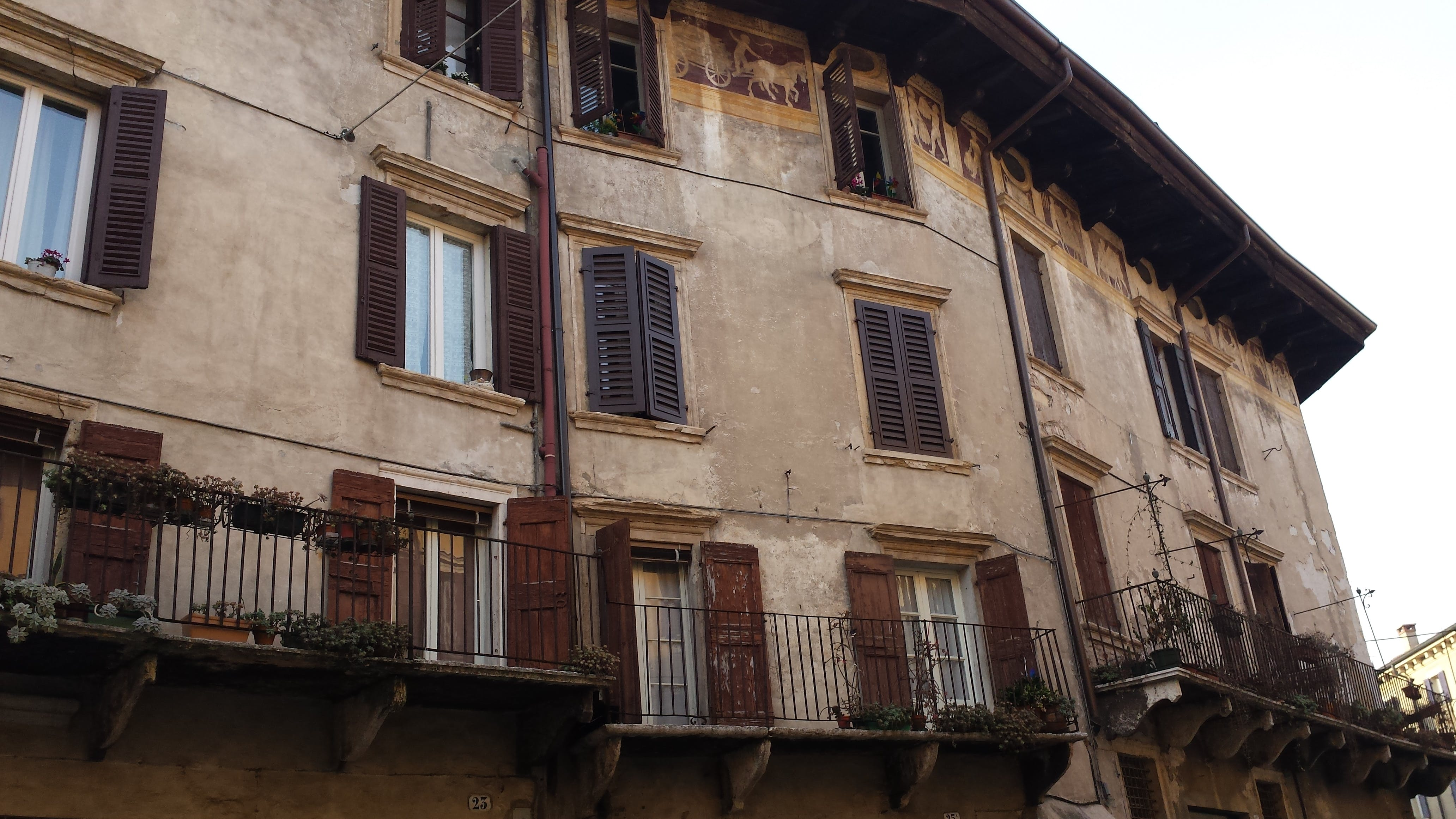 Free stock photo of old building, verona, window shutters