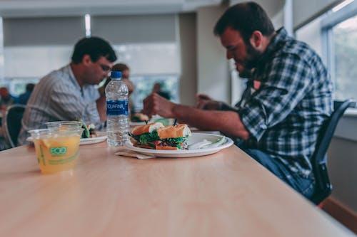 Безкоштовне стокове фото на тему «апельсиновий сік, закуска, їжа, ламати»