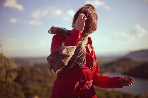 Darmowe zdjęcie z galerii z czerwony, dorosły, kobieta, moda