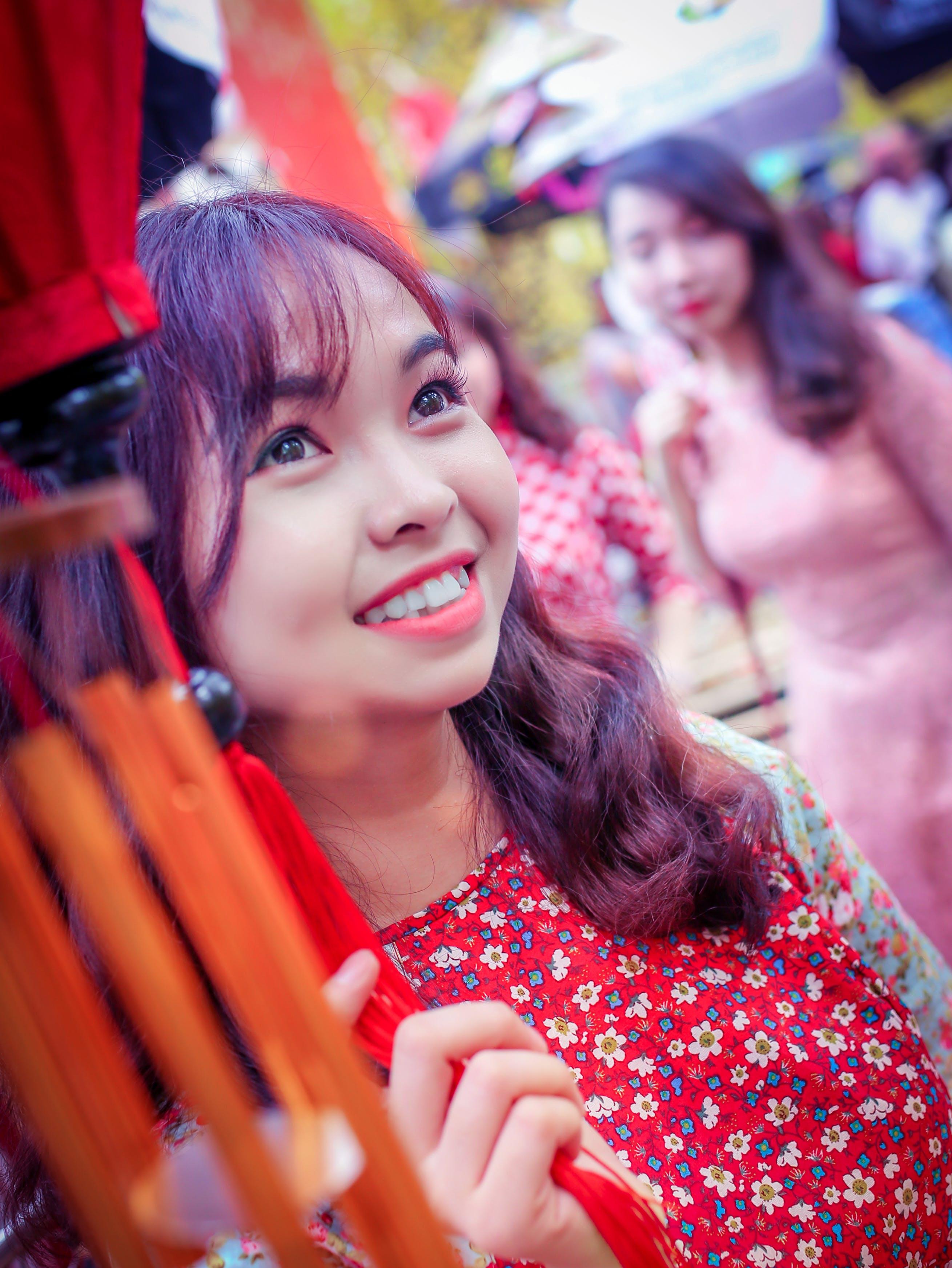 Free stock photo of asian girl, beautiful flowers, beautiful girl, tet Holiday