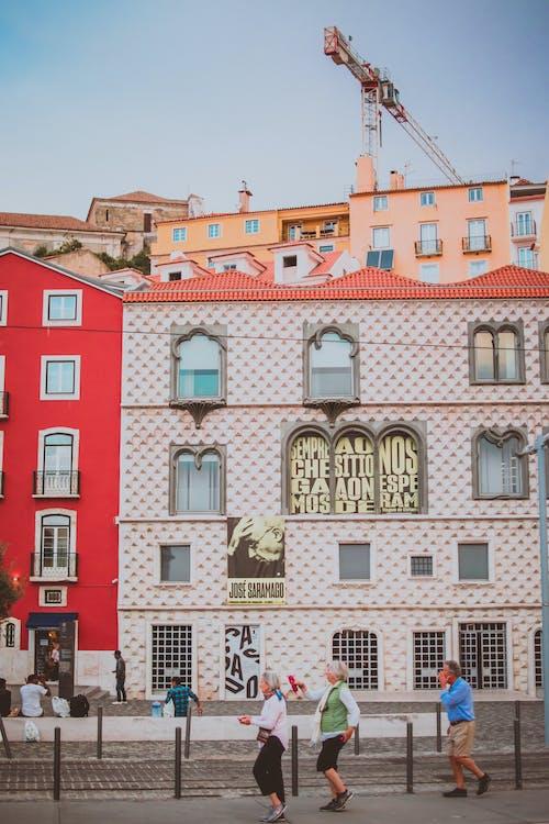 Fotobanka sbezplatnými fotkami na tému architektúra, budova, cestovný ruch, chôdza