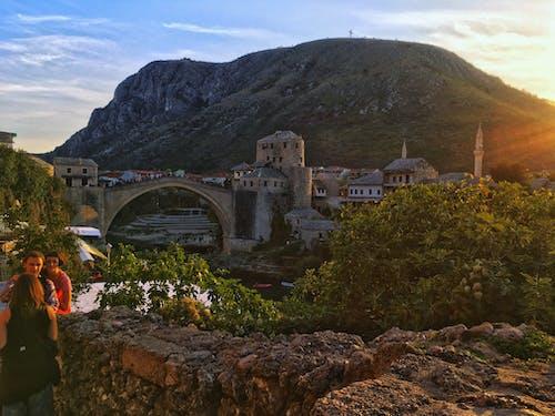Foto stok gratis bosnia, cerah, gunung, jembatan