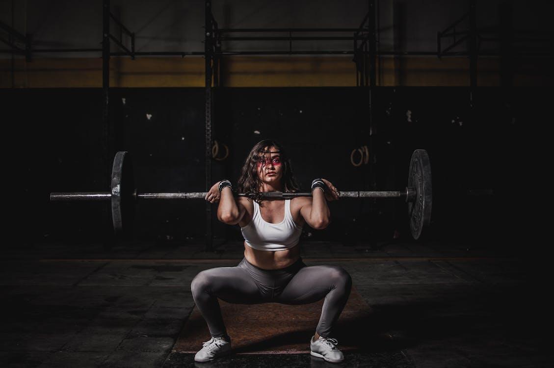 Angkat Berat, atlet, badan