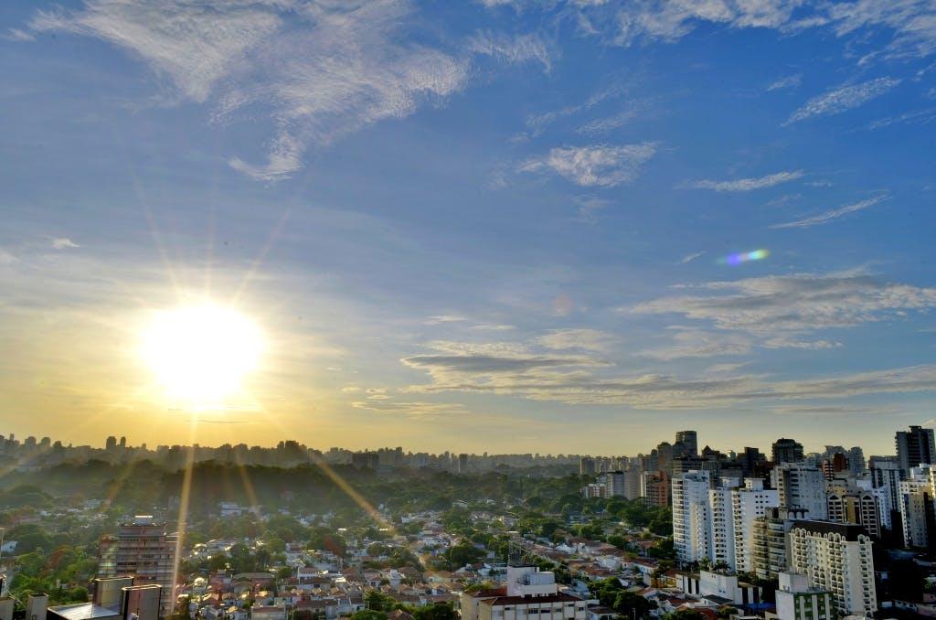 シティ, スカイライン, タウン, 太陽の無料の写真素材