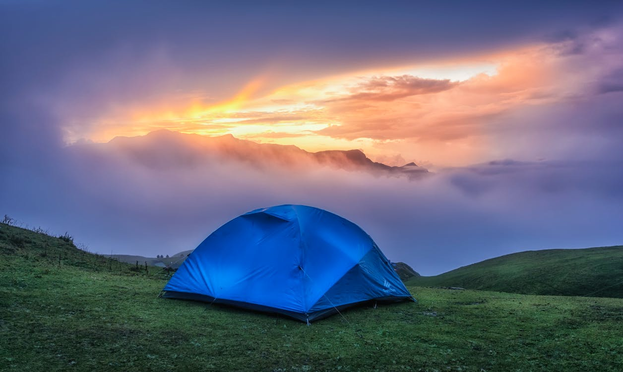 blue, bright colours, camping