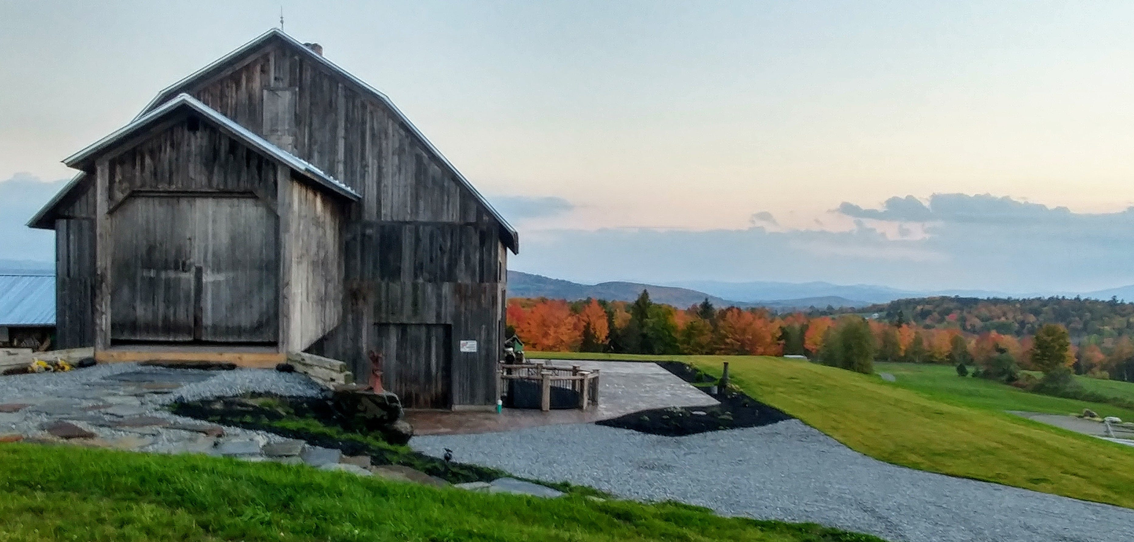 Free stock photo of barn, foliage, vermont