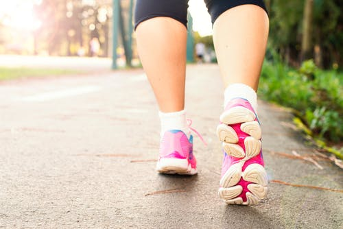 Tips to Lose Weight By Walking Daily
