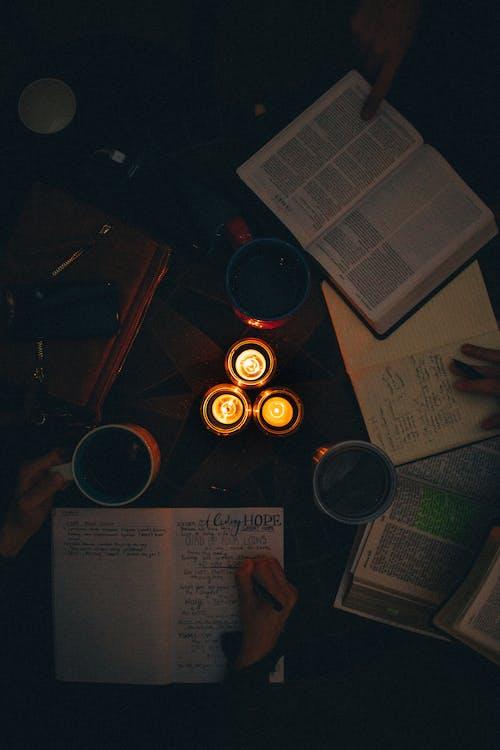 Photos gratuites de apprendre, bougies, écrite, écrits