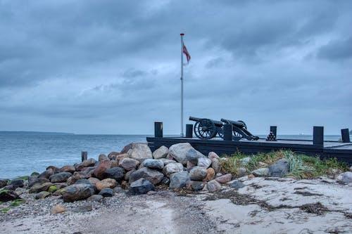Gratis lagerfoto af canons, hav, himmel, kyst