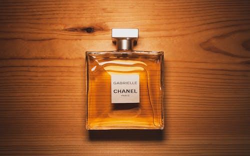 Безкоштовне стокове фото на тему «chanel, аромат, бренд, всередині»