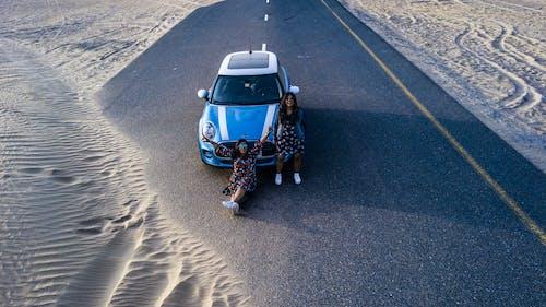 Fotobanka sbezplatnými fotkami na tému asfalt, auto, automobilový priemysel, cesta