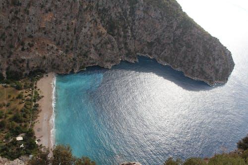 Foto profissional grátis de aerofotografia, beira-mar, cênico, costa