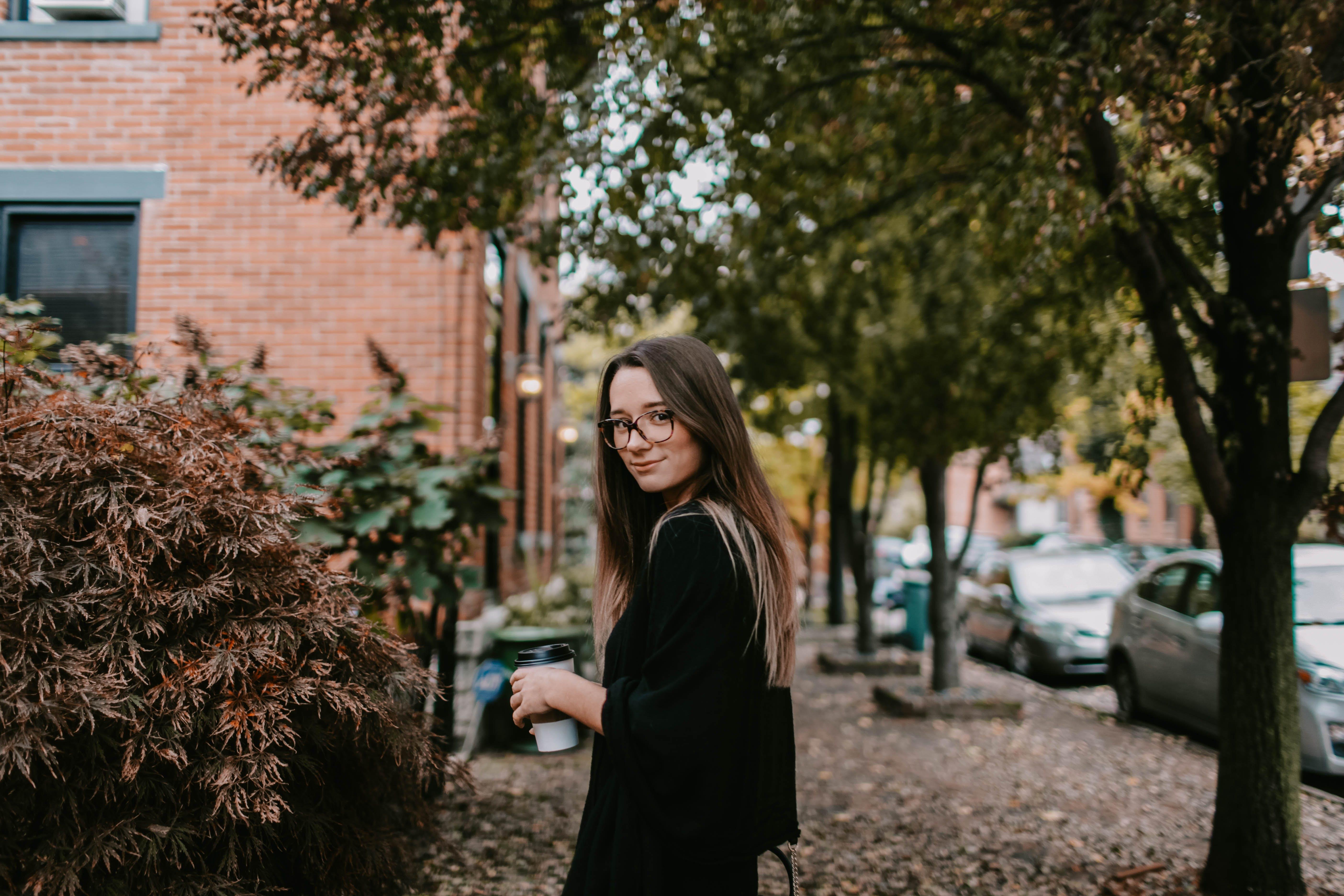 거리, 사람, 소녀, 아름다운의 무료 스톡 사진