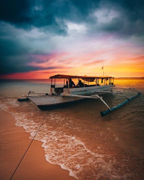 คลังภาพถ่ายฟรี ของ ช่วงแสงสีทอง, ชั่วโมงทอง, ชายทะเล