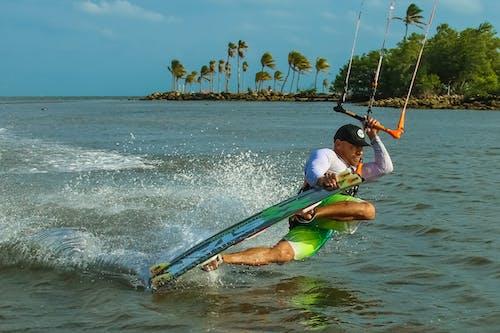 Foto profissional grátis de ação, diversão, esportes aquáticos, homem