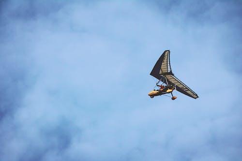 Gratis arkivbilde med fly, flyging, himmel, kjøretøy
