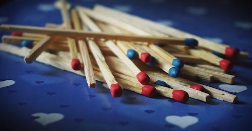 Darmowe zdjęcie z galerii z dopasowanie, drewniany, fotografia makro, kolor