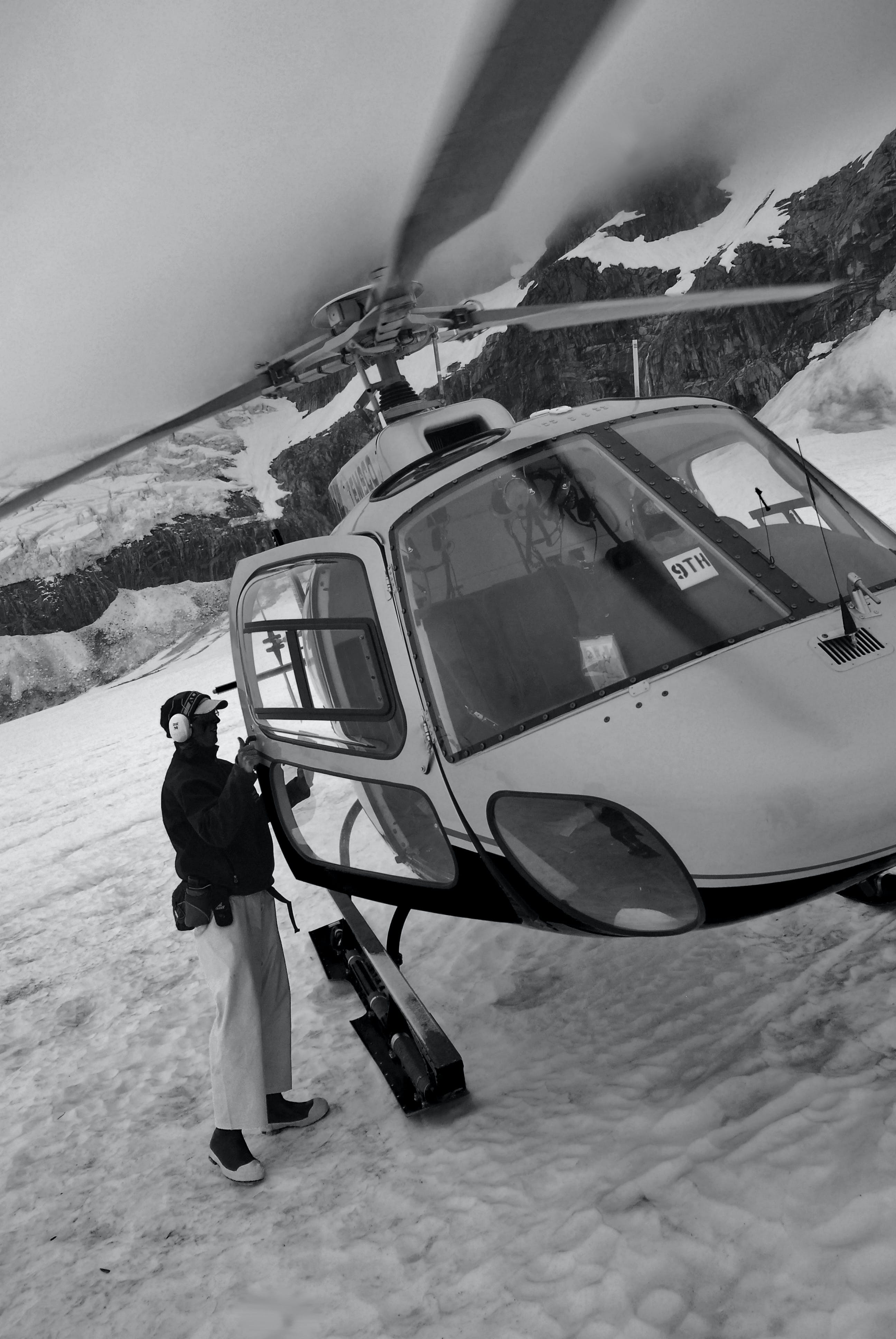 Free stock photo of black-and-white, helicopter