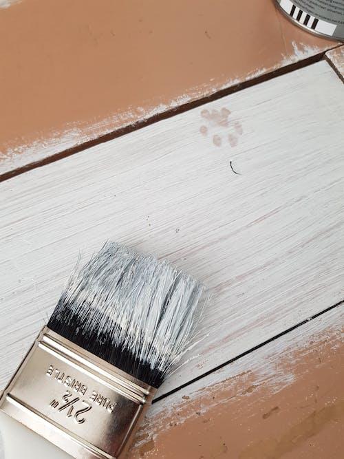 Základová fotografie zdarma na téma barvy, bílá, dřevo, kartáček