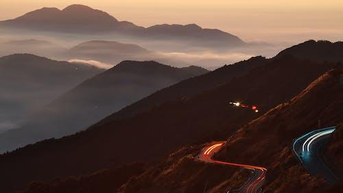 Základová fotografie zdarma na téma cikcak, denní světlo, kopec, krajina