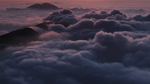 Immagine gratuita di mare di nuvole, natura, nuvole, picco di montagna