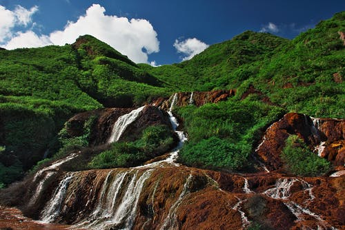Δωρεάν στοκ φωτογραφιών με rock, βουνό, γρασίδι, γραφικός