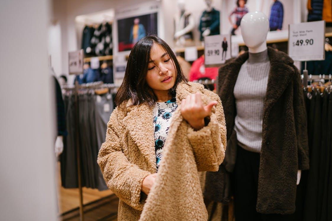 亞洲女孩, 假人模特兒, 假日