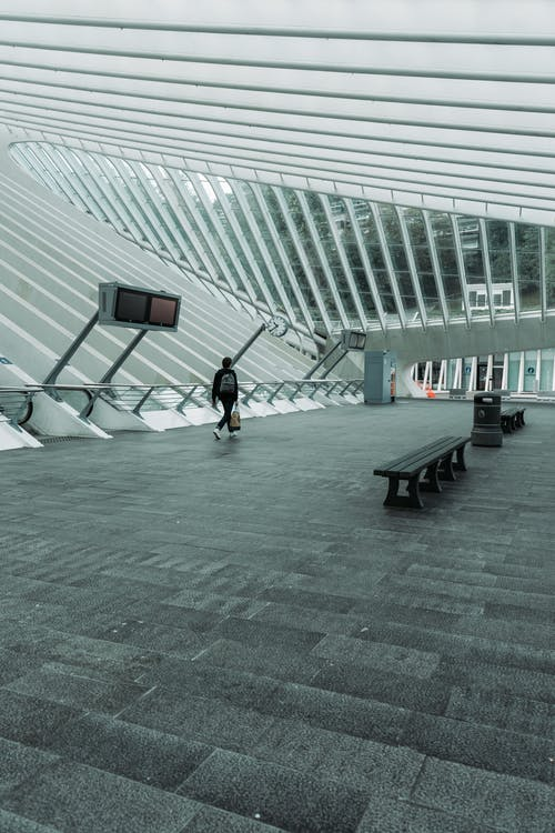 Gratis stockfoto met architectuur, banken, binnen, daglicht