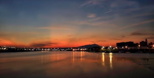 Fotos de stock gratuitas de agua, amanecer, cielo, ciudad