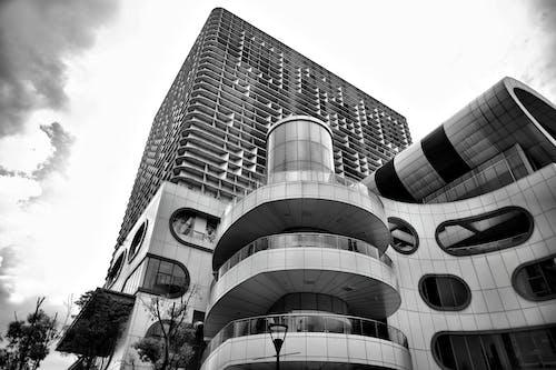 Fotobanka sbezplatnými fotkami na tému architektúra, budova, čierny abiely, perspektíva