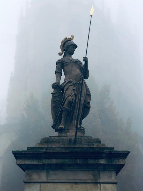 Darmowe zdjęcie z galerii z historia, miasto, nebel, wolność