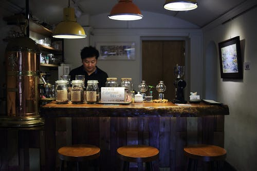 Kostnadsfri bild av bar, dryck, inomhus, säten
