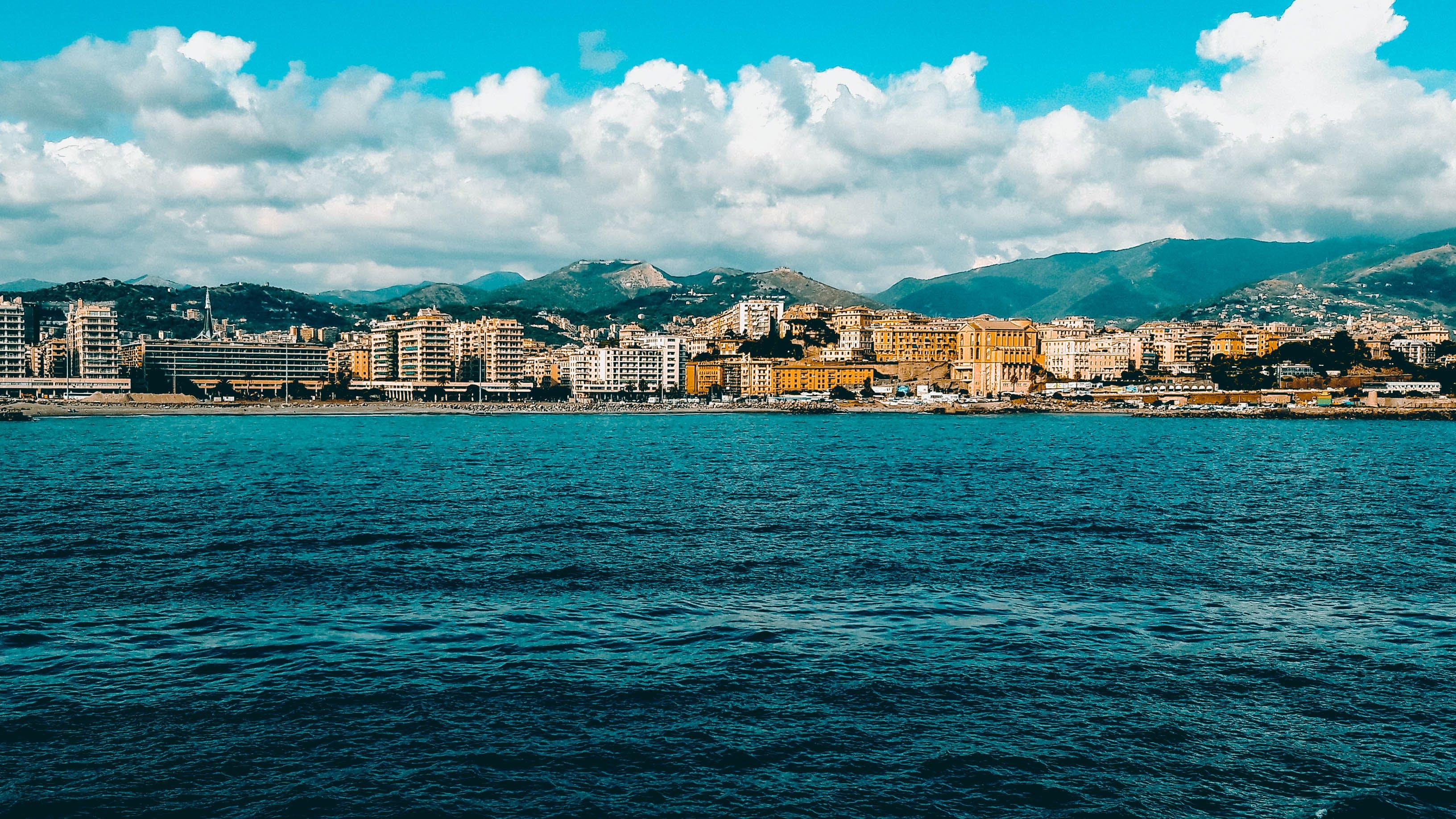 Kostenloses Stock Foto zu blau, corsica, himmel, livorno