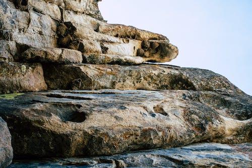 Бесплатное стоковое фото с валун, дневной свет, живописный, мшистые камни