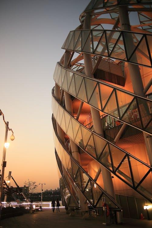 Kostnadsfri bild av arkitektur, byggnad, höghus, perspektiv