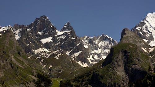 Δωρεάν στοκ φωτογραφιών με βουνό, βουνοκορφή, βραχώδες βουνό, κορυφή βουνού