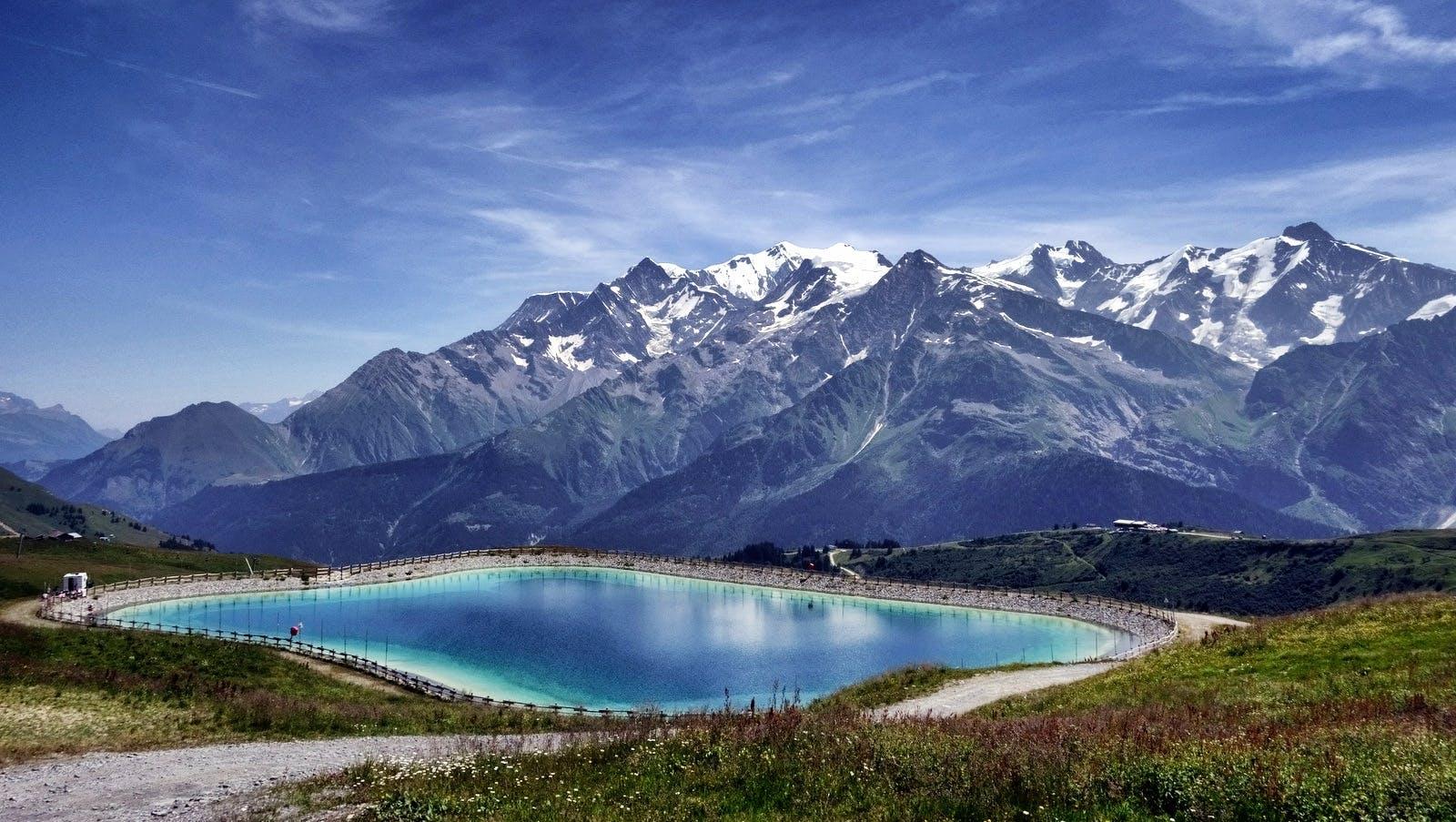 山, 山頂, 水, 絶景の無料の写真素材