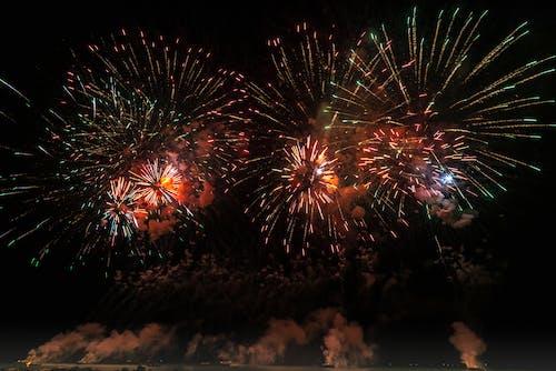 Gratis stockfoto met avond, explosie, feest, feesten