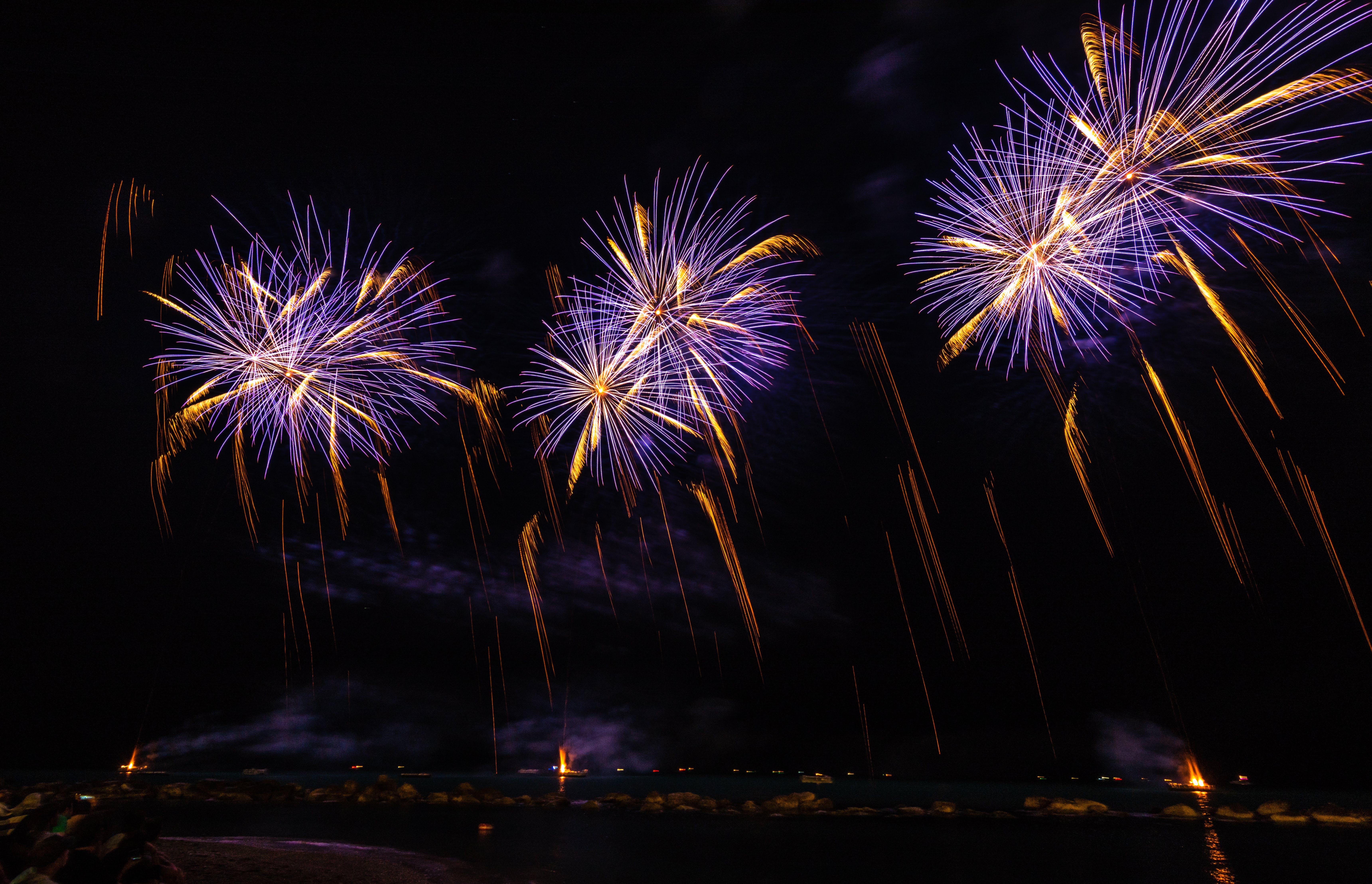 Foto profissional grátis de ano novo, celebração, escuro, explosão