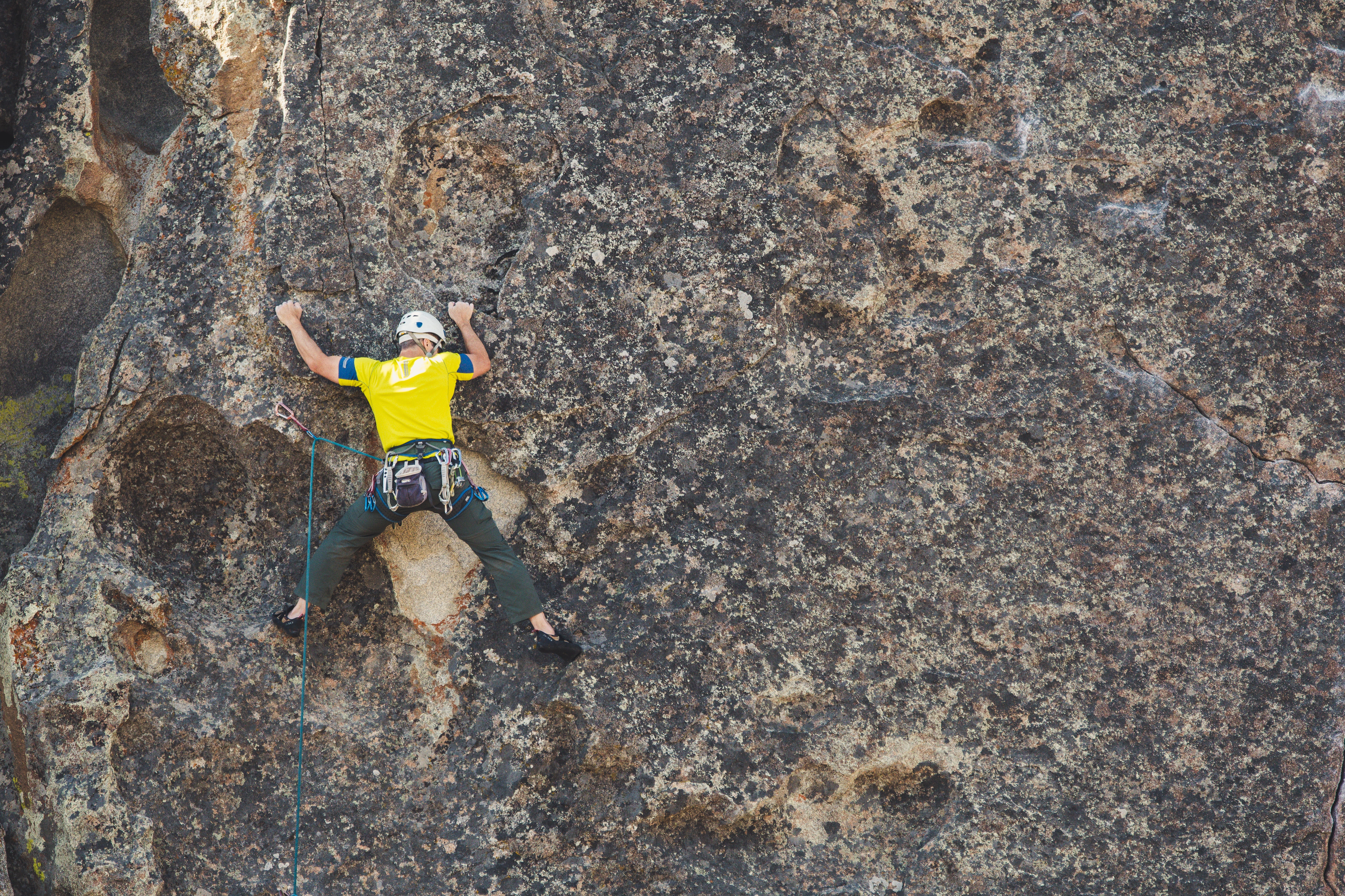 1000 amazing rock climbing photos · pexels · free stock photosbrett sayles photo of mountain climber