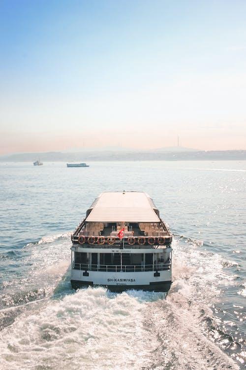 cestovný ruch, člny, denné svetlo